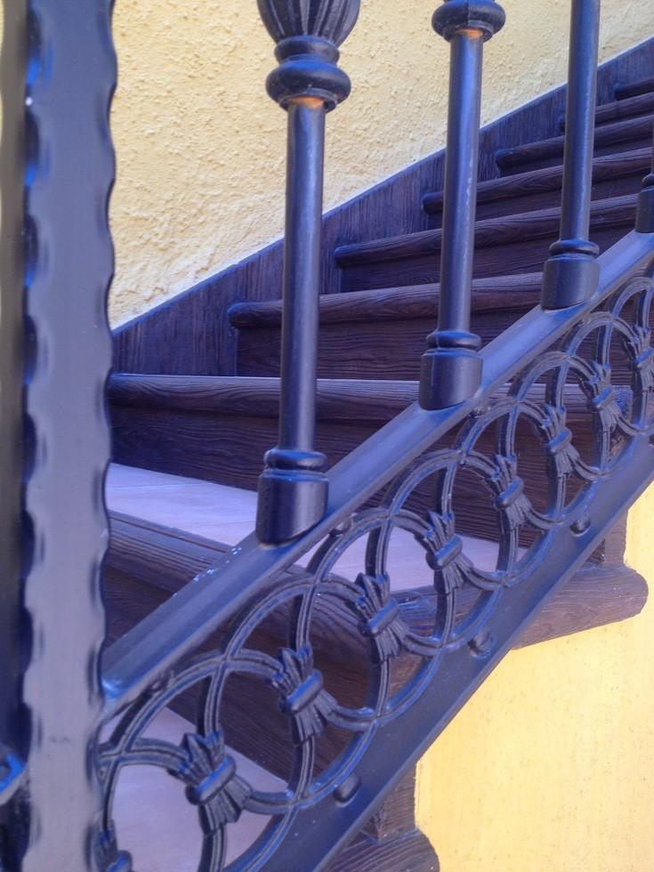 Piedra artificial artejara cat logo t cnico - Peldanos escalera imitacion madera ...